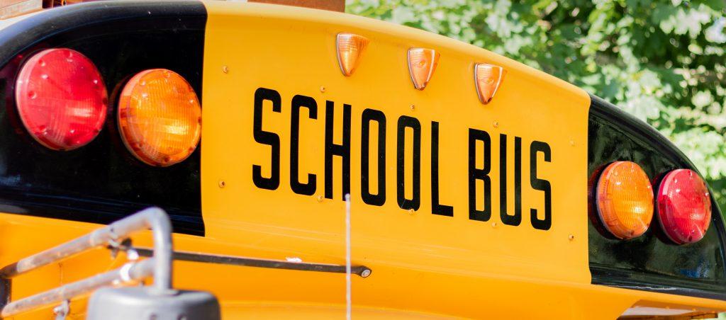 defrieschoolbus.nl | verhuur friet(foodtrucks) | Nederland | schoolbus friet patat