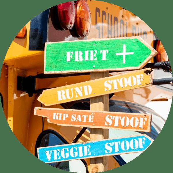 defrieschoolbus.nl | verhuur friet(foodtrucks) | Nederland | schoolbus sfeer